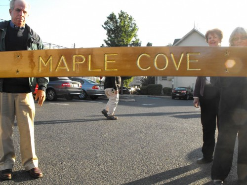 maple-cove-sign1