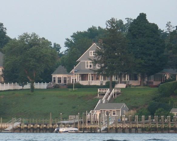 photo: house/residence of charming 80 million earning New York, New York, U.S-resident
