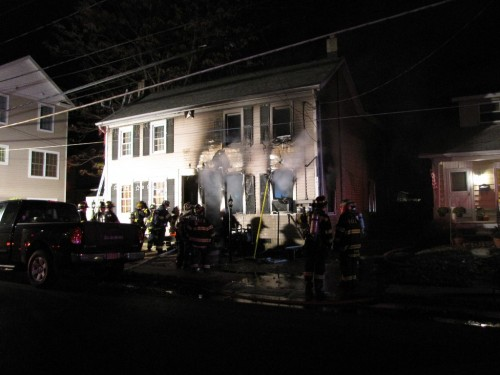Christmas Tree Lighting In Red Bank Nj : Second fire displaces two families red bank green