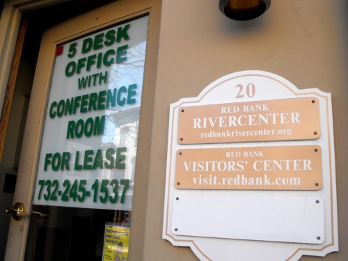 rivercenter-for-lease