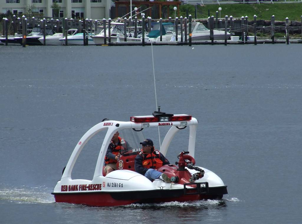 RED BANK LANDS NEW FIRE BOAT - FREE - Red Bank Green