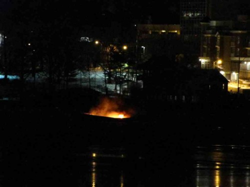 rb boat fire 021214 1