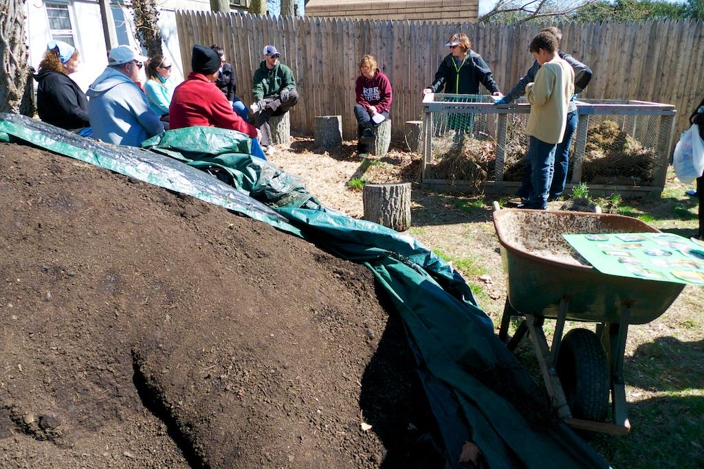 community garden 2014 7