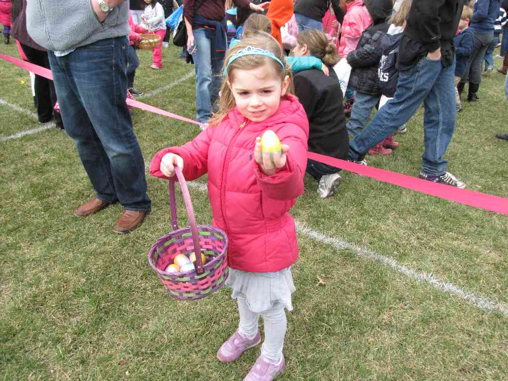 rb egg hunt 040514 12