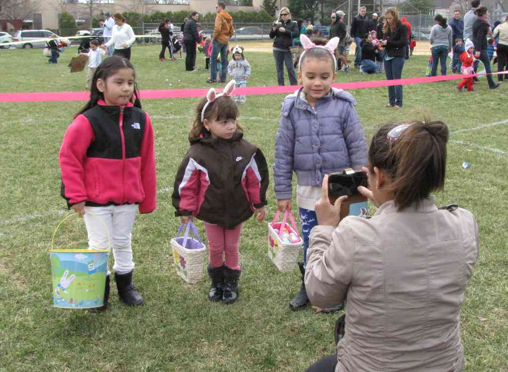 rb egg hunt 040514 2