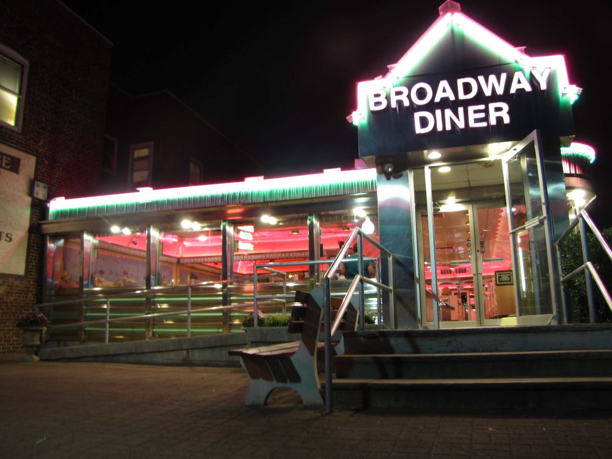 final project broadway cafe The show most critics acclaimed as last season's top musical now opens on broadway.