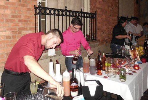 081314 cocktail mixoff4