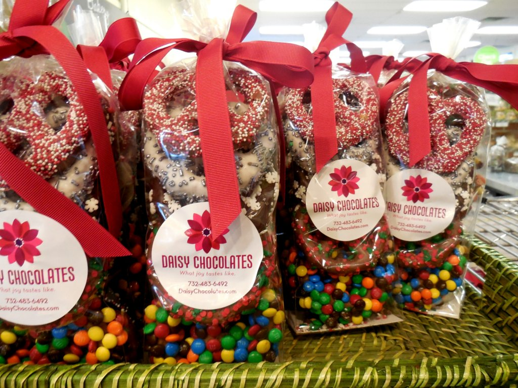 Keep it local for last minute food gifts red bank green