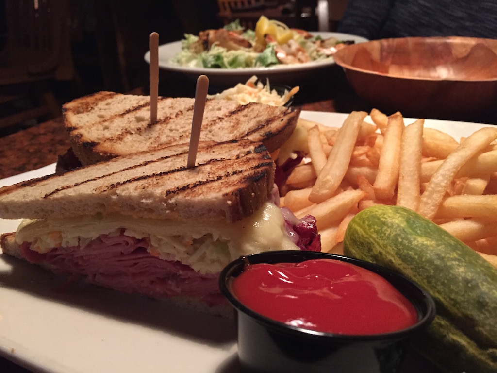 What S For Lunch Pour House Reuben Red Bank Green