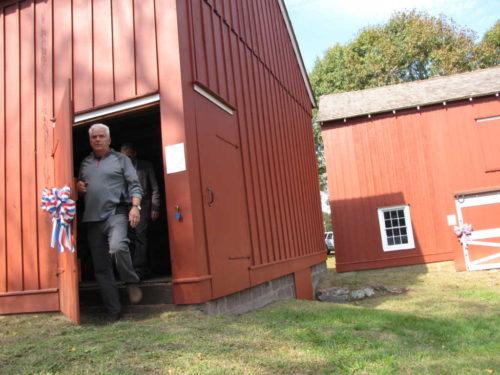 ls-barns-101616-2
