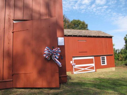 ls-barns-101616-8