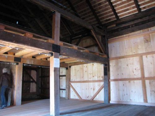 ls-barns-101616-9