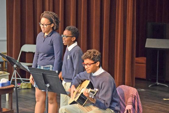 Student-Trio