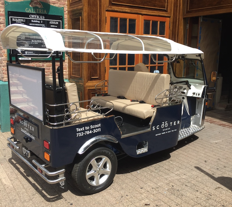 Moderne RED BANK: Electric tuk-tuks may begin free trolley services next week. FS-65