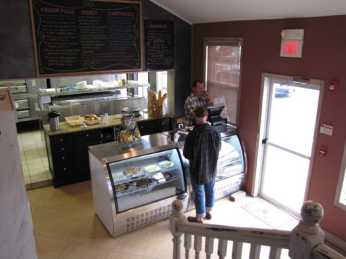 RED BANK: O BISTRO TAKEOUT? MAIS OUI!